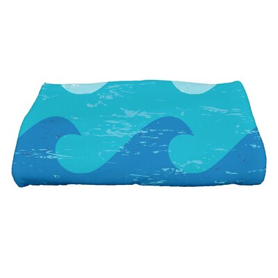 Golden Beach Deep Novelty Print Bath Towel Color: Blue
