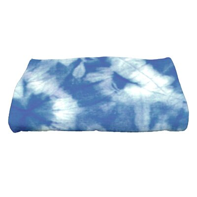 Golden Beach Chillax Novelty Print Bath Towel Color: Blue