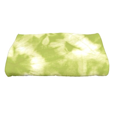 Golden Beach Chillax Novelty Print Bath Towel Color: Light Green