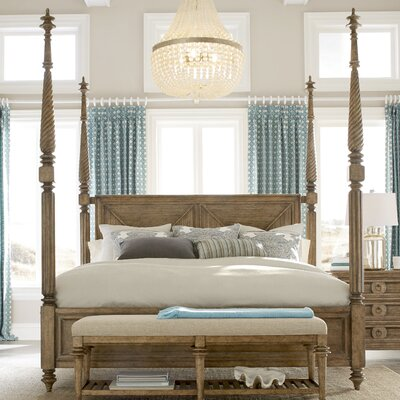 Gerakies Four poster Bed