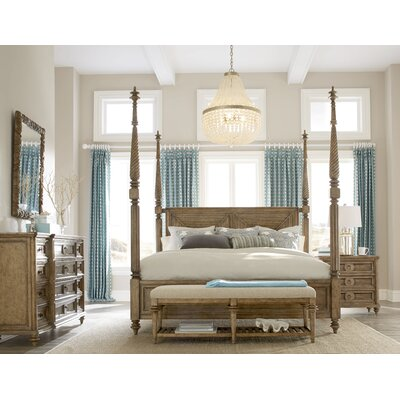 Gerakies King Four Poster Customizable Bedroom Set