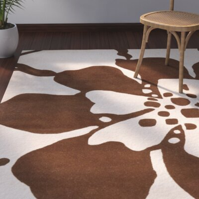 Snapdragon Hand-Tufted Beige/Brown Area Rug