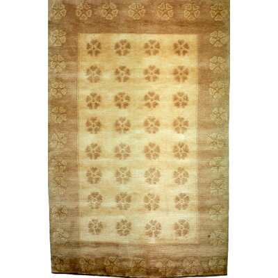 Vouno Gold Area Rug Rug Size: 8 x 10