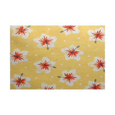 Golden Beach Yellow Indoor/Outdoor Area Rug Rug Size: 4 x 6