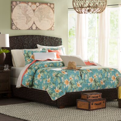 Woodbine Panel Bed Size: California King