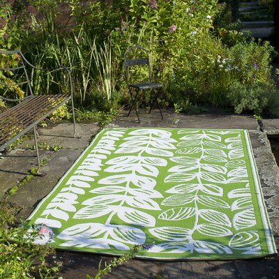 Dixon Cream & Green Indoor/Outdoor Area Rug Rug Size: Rectangle 6 x 9