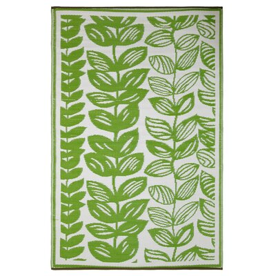 Dixon Cream & Green Indoor/Outdoor Area Rug Rug Size: 6 x 9
