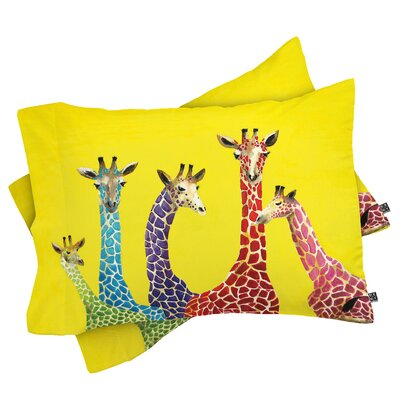 Korey Giraffes Pillowcase Size: Standard