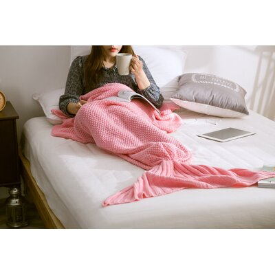 Fish Tail Cotton Throw Blanket Color: Light Pink