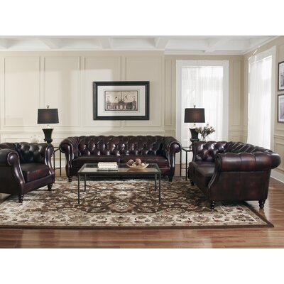 Tilsworth Living Room Collection