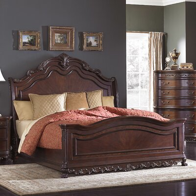 Chalus Panel Bed Size: Queen