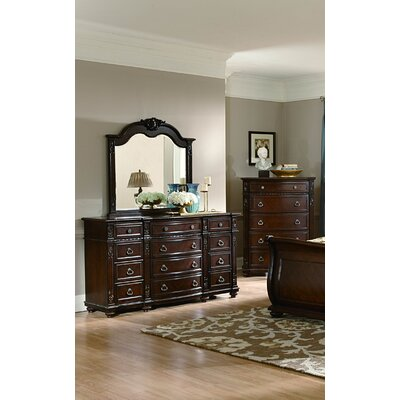 Flagg Hill 5 Drawer Chest