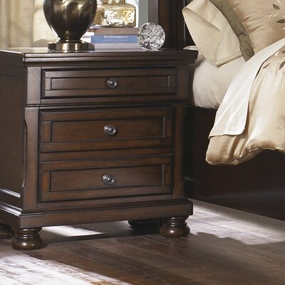 Hanley 3 Drawer Nightstand