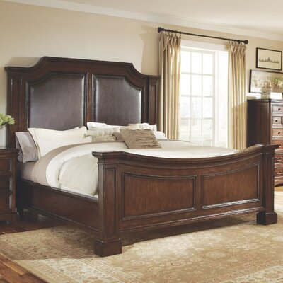 Creeve Upholstered Panel Bed