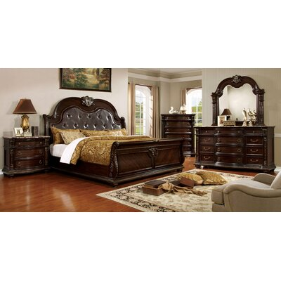 Gardener Sleigh Customizable Bedroom Set