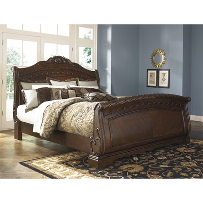 Chapell Sleigh Bed