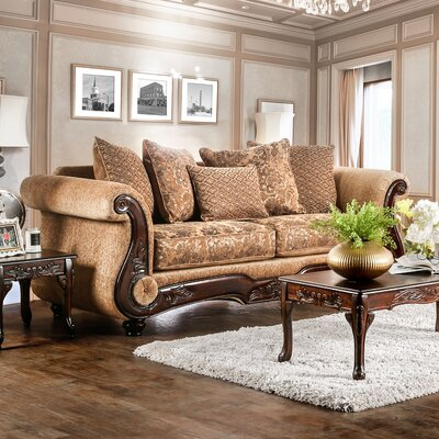 Dolph Traditional Sofa