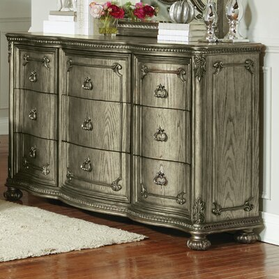 Liola 9 Drawer Standard Dresser