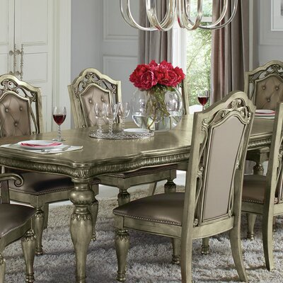 Liola Extendable Dining Table