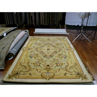 Bedgood Beige/Light Gold Area Rug Rug Size: Round 6