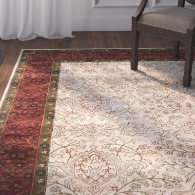 Griswold Ivory/Rust Area Rug Rug Size: Rectangle 76 x 96