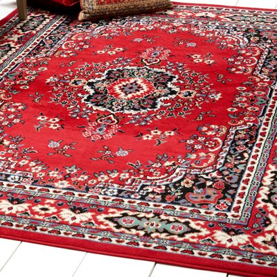 Lilly Claret Area Rug Rug Size: 19 x 211