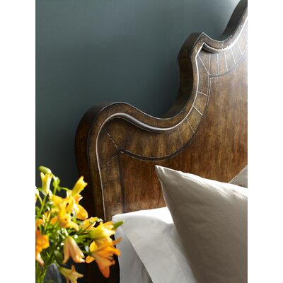 Drumlee Upholstered Platform Bed Size: California King