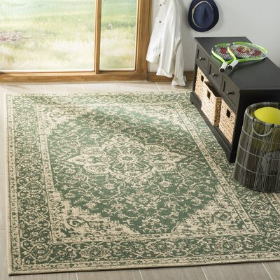 Allie Green/Creme Area Rug Rug Size: Rectangle 4 x 6