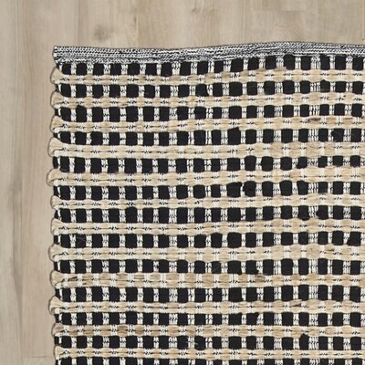Accomac Black/Cream Area Rug
