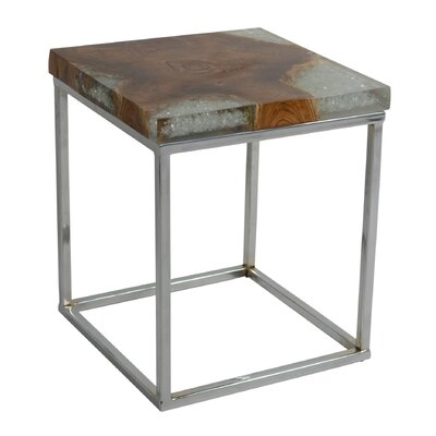 Kilyan End Table