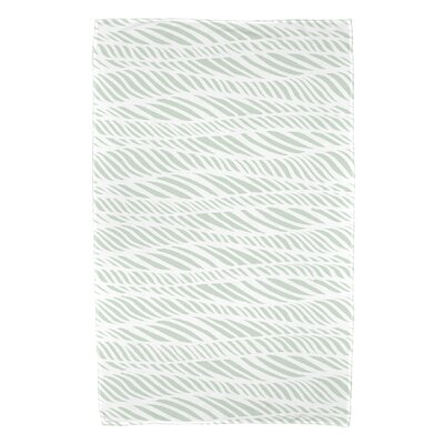 Viet Rolling Waves Bath Towel Color: Green