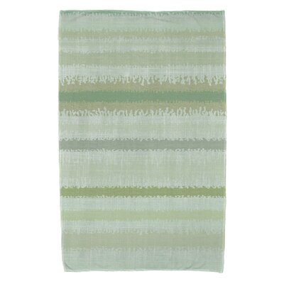 Dorazio Raya De Agua Bath Towel Color: Green