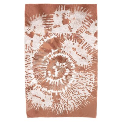 Viet Conch Beach Towel Color: Coral