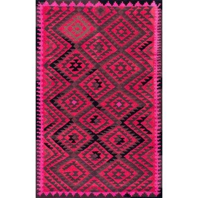 Laurel Hand-Tufted Fushchia Area Rug Rug Size: 5 x 8