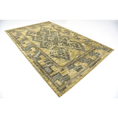 Jan Green Area Rug Rug Size: 6 x 9