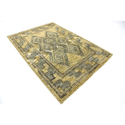 Jan Green Area Rug Rug Size: 49 x 67