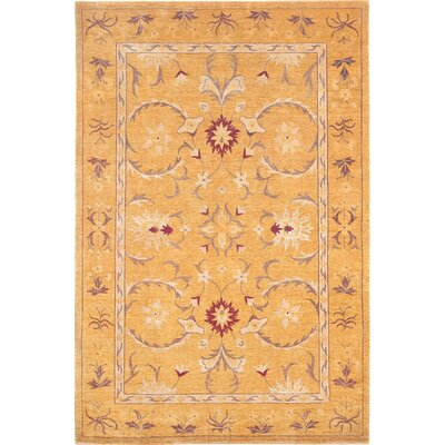 Tyson Gold Floral Himalayan Sheep Wool Area Rug Rug Size: 6 x 9