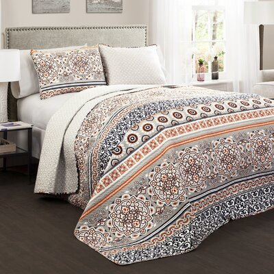 Vivian 3 Piece Reversible Quilt Set Size: King