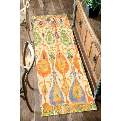 Loma Rowen Orange/Green Area Rug Rug Size: 5' x 8'