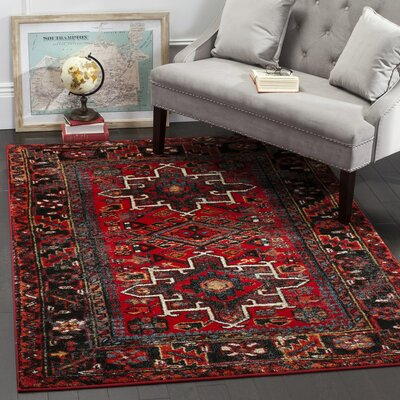 Parthenia Traditional Red Area Rug Rug Size: 4 x 6