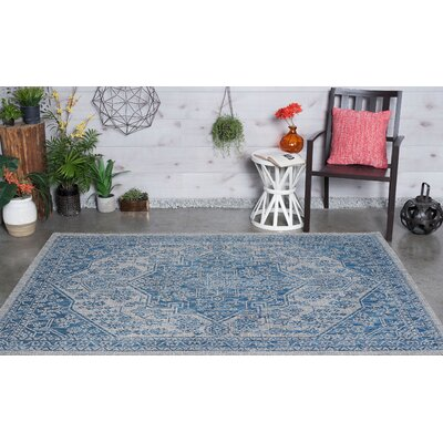 Boisdale Traditional Indigo Indoor/Outdoor Area Rug Rug Size: 53 x 73