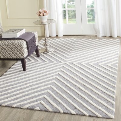 Ordingen Hand-Tufted Wool Silver/Ivory Area Rug Rug Size: Runner 26 x 16