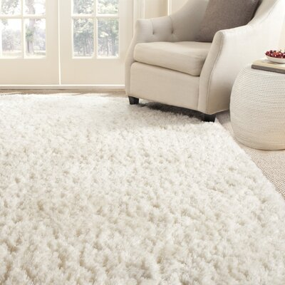 Chantrell Shag White Area Rug Rug Size: 76 x 96