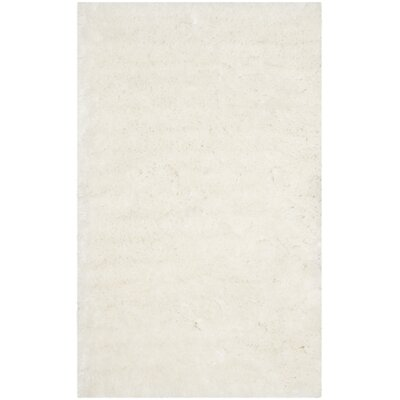 Earley Shag White Area Rug Rug Size: 4 x 6