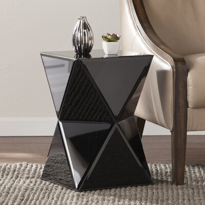 Rita Mirrored End Table in Black