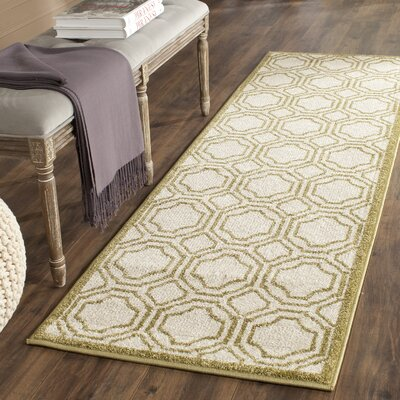 Maritza Ivory/Green Indoor/Outdoor Area Rug Rug Size: Rectangle 26 x 4