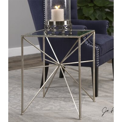 Simmons Casegoods Friedel End Table