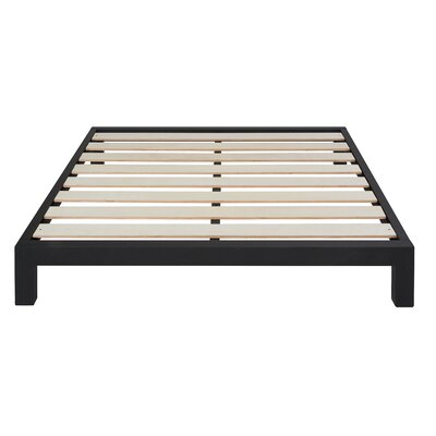 Hasse Glam Platform Bed Size: King, Color: Gold