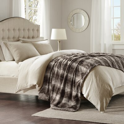 Morrison Oversized Bed Throw Color: Chocolate, Size: Twin