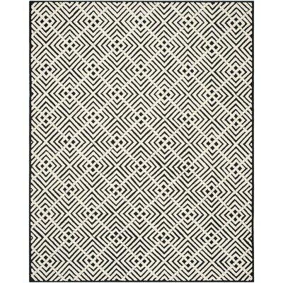 Fareham Black/White Geometric Area Rug Rug Size: 56 x 86